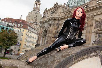 Latex Catsuit Dresden Frauenkirche