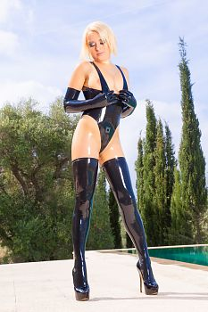 High Heels Heavy Rubber