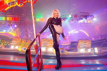 Over Knee Boots Latex on FunFair