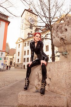 Collar Regensburg in Latex