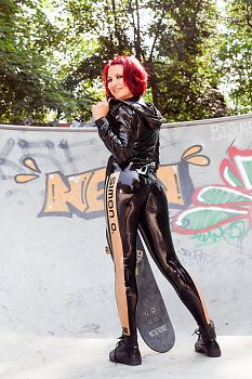 Latex Leggings Skateboard Latex Mädchen