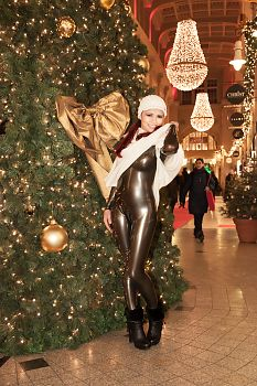 Latex Catsuit Weihnachten in Leipzig