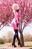 Cerise et Latex