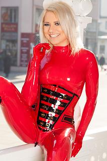 Karlsbad Latex Girl