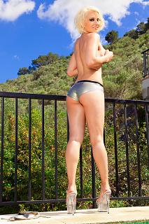 Silberner Bikini