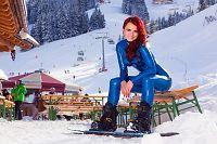 Snowboarding in Maria Alm
